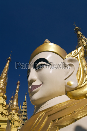 myanmar burma yangon rangoon shwedagon paya