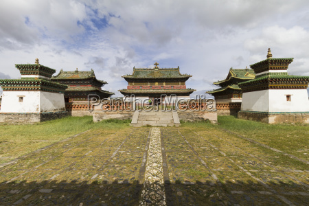 tombs and zuu temples in erdene