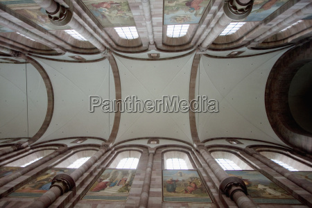 ceiling of the central nave of