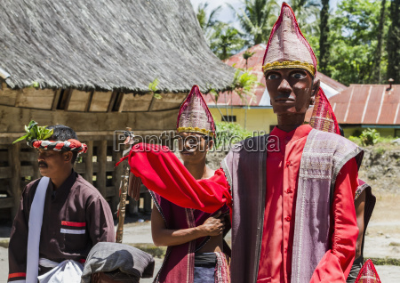 toba batak people performing a sigale