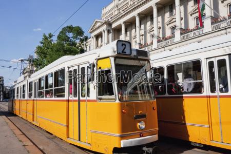 trams budapest hungary