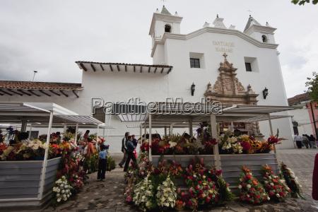 flower market by the santuario mariano