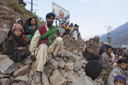 people waiting for aid and relief