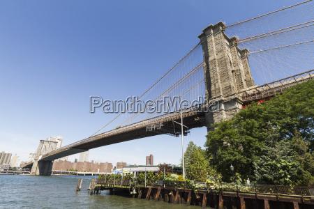 brooklyn bridge new york city new