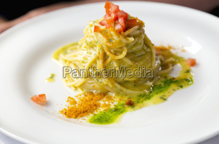 fresh authentic italian pasta with lemon