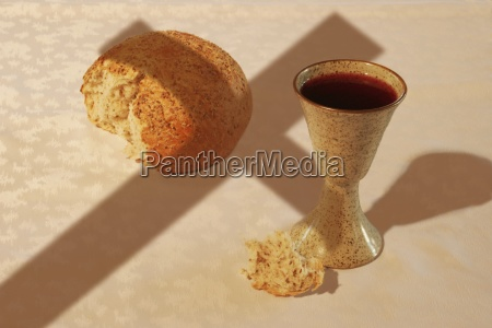 communion elements and the cross