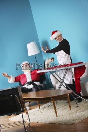 santa and mrs claus arguing