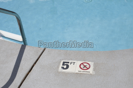 pool depth warning