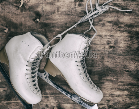 white leather womens skates for figure