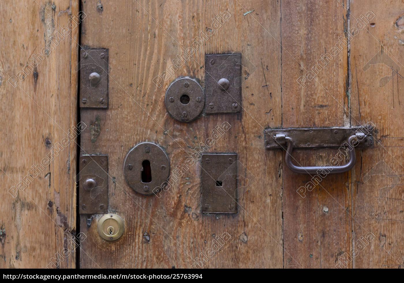 old, lock, door - 25763994