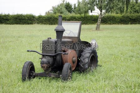 vintage german tractor lanz bulldog