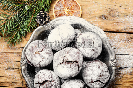 xmas crackled chocolate cookies