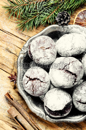 xmas crackled chocolate cookies