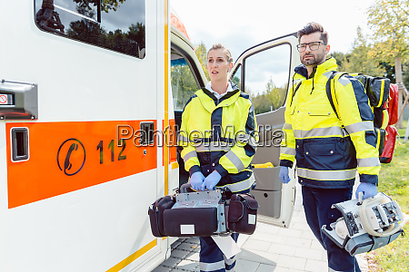 paramedic nurse and emergency doctor at