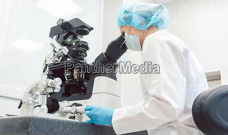 woman doctor working in medical lab