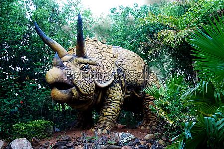 terrifying triceratops dinosaur