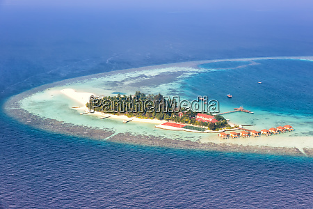 maldives island vacation paradise sea copyspace