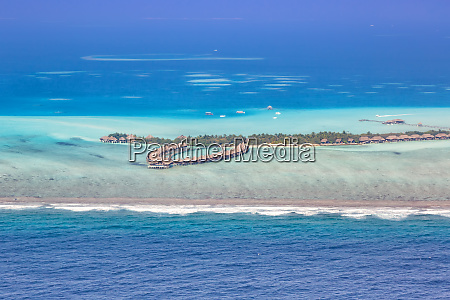 maldives vacation paradise sea copyspace emboodhu