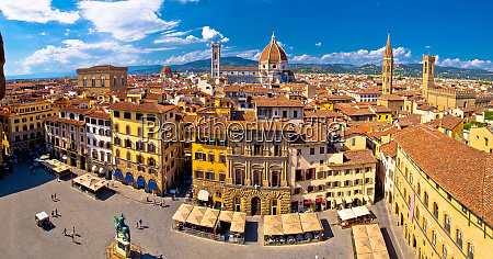 florence square and cathedral di santa