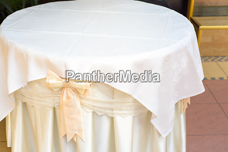 tablecloth on table