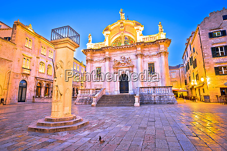 orlando pillar from 1418 ad and
