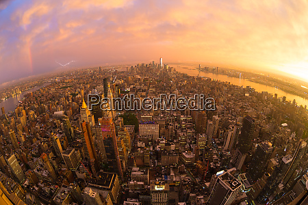 new york city skyline with manhattan