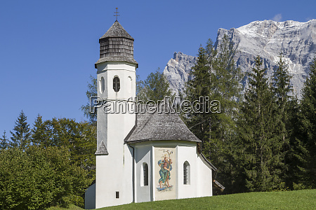 rochus chapel with zugspitze