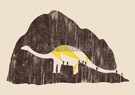 searching archaeologists unaware of dinosaur shape