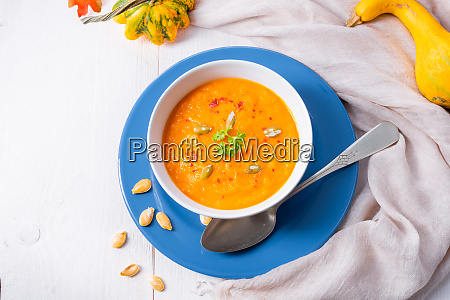 healthy pumpkin soup with ginger carrots
