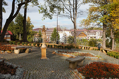 square and garden in karpacz