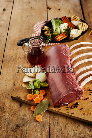 rack of ribs and ingredients on