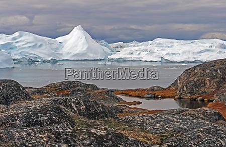 colorful coastlands along an arctic shore
