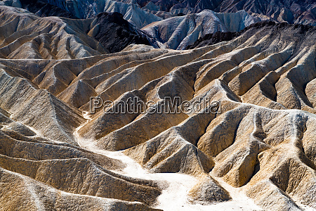 zabriskie point in the death valley