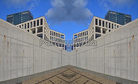 mirrored architecture
