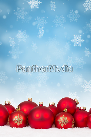 many red christmas balls baubles background