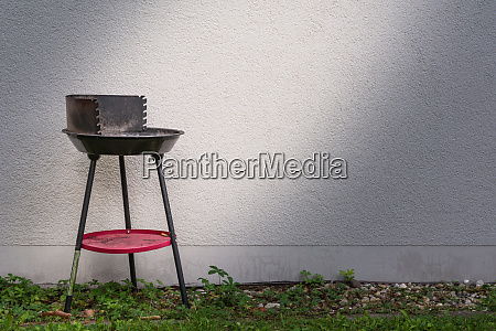 small charcoal grill spotlight grey architecture