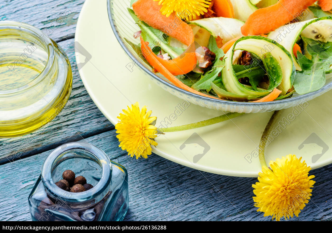 fresh, dandelion, salad - 26136288