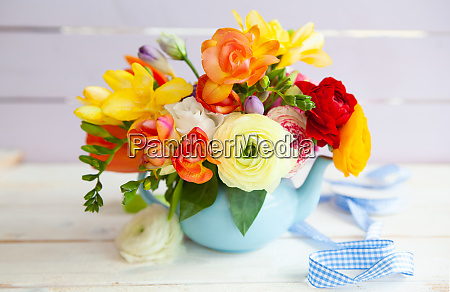 bright cheerful spring flowers
