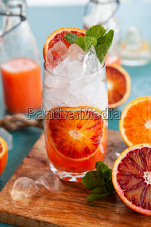 cocktail with fresh bloodoranges