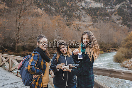 spain portrait of three young women