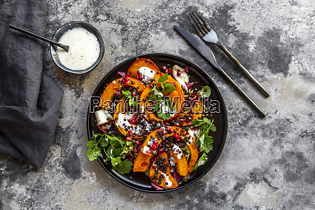 autumnal salad with fried pumpkin lentils