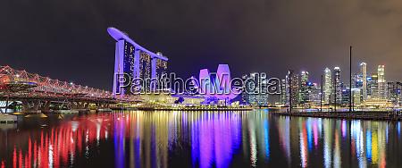 singapore marina bay view with marina