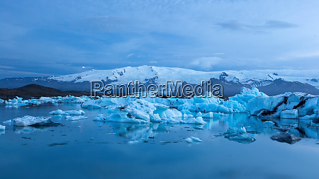 jokulsarlon glacier lagoon in iceland at