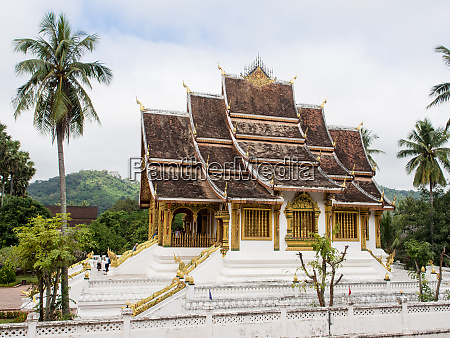 haw pha bang temple part of