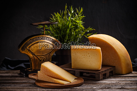 mature cheese composition