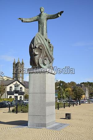 statue of st brendan the navigator