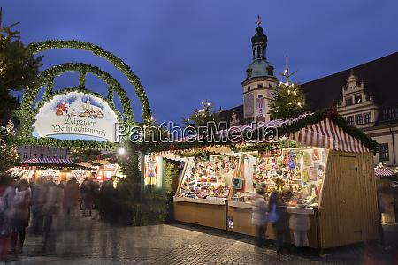 christmas market in the leipzig market