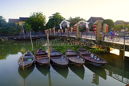 boats on the thu bon river