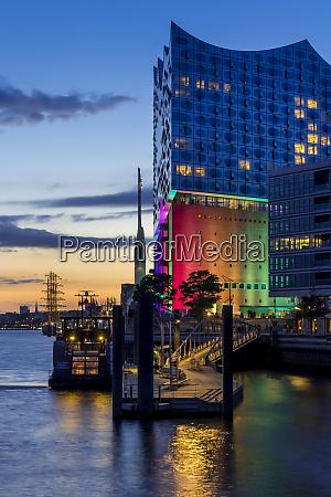 the elbphilharmonie building with pride illumination