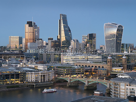 city of london square mile skyline